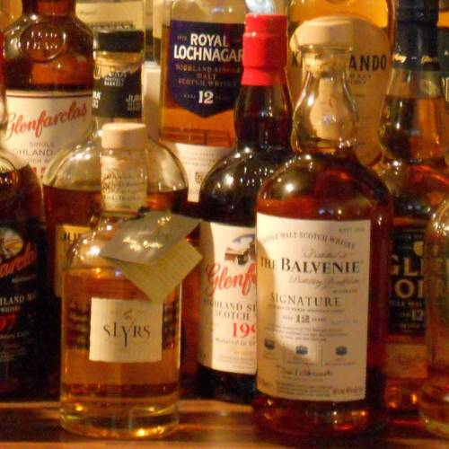 Botellas de Whisky escocés