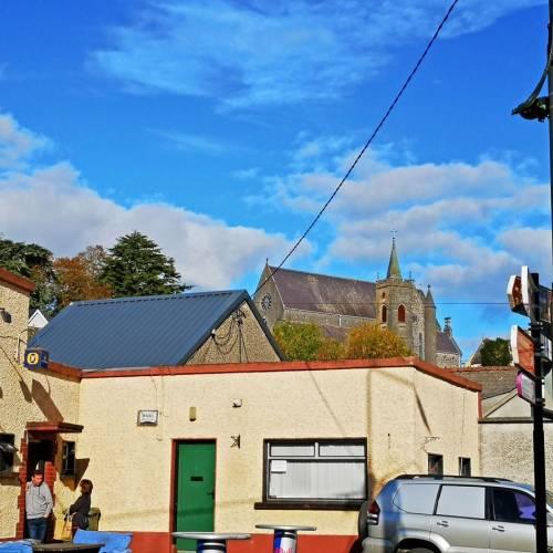 la preciosa ciudad de Thomastown y su colegio de secundaria